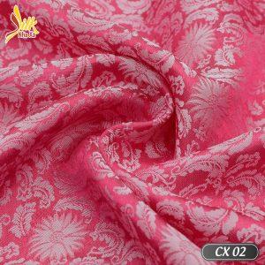 Phá cách từ hoa văn cúc truyền thống. Lụa hoa cúc xoáy đem lại sự mới mẻ trẻ trung - CX02