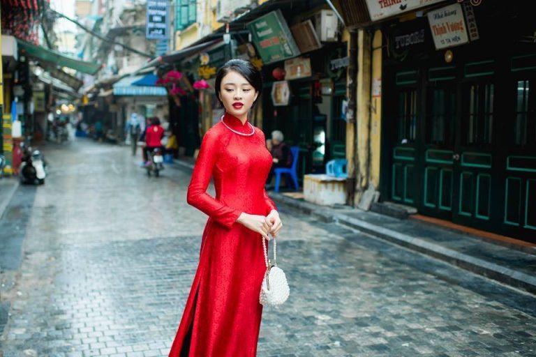 Bảo quản áo dài lụa tơ tằm luôn bền đẹp